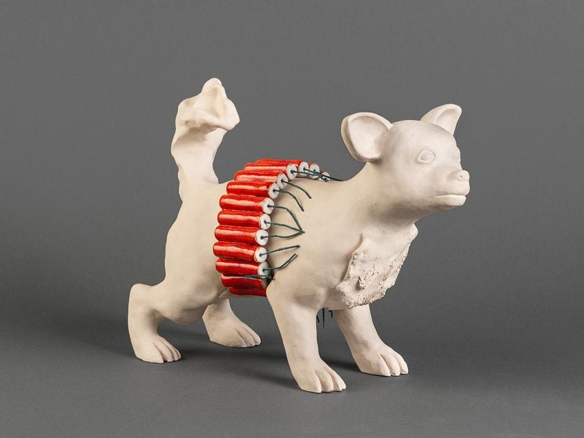 céramique d'un chiwawa. Sculpture de Katarina Kudelova